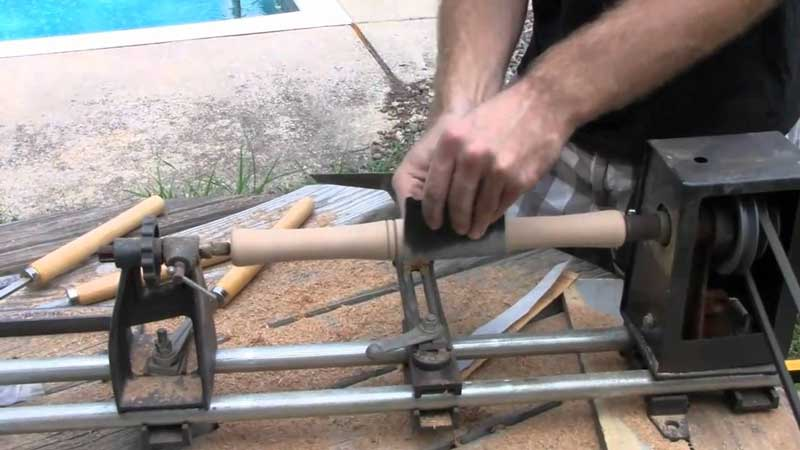 How-to-Use-a-Wood-Lathe