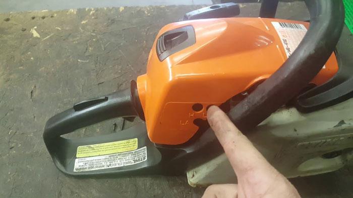 Adjust-a-Carburetor