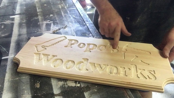 how to make signs with a router
