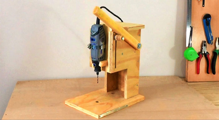 How-to-Make-a-Router-Table-for-a-Plunge-Router
