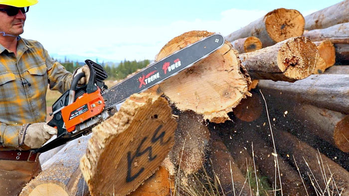 Use-a-Chainsaw