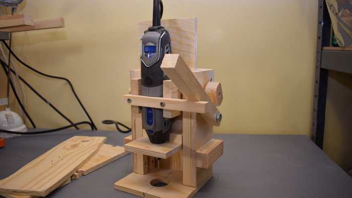 a-Plunge-Router