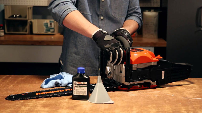 Best Chainsaw Bar and Chain Oil