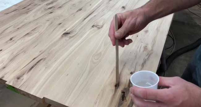 How to Fill Cracks in Wood with Epoxy