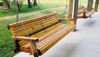 What Are the Positives and Negatives of Clear Cedar Finishes
