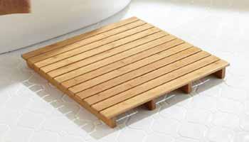 Benefits of a Wooden Bath Mat