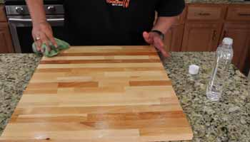 Is There a Safe Wood Finish for Chopping Boards
