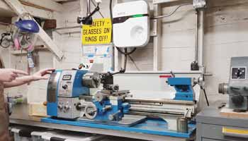 What is the Maximum Speed of a Wood Lathe